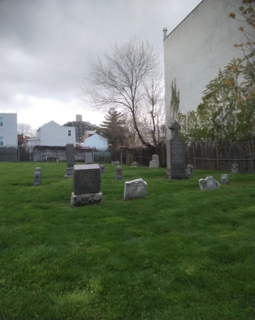 Hidden Cemetery in Queens